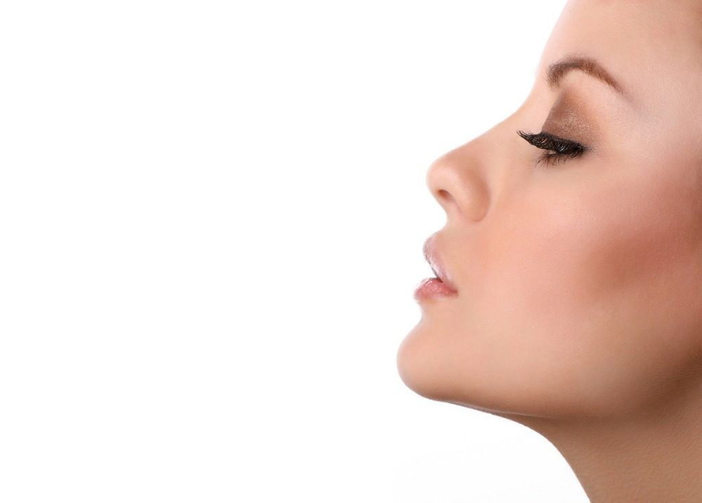 woman non-surgical rhinoplasty nose job
